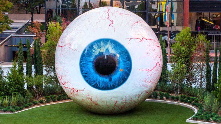 3022295-poster-1280-eye